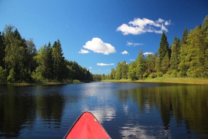 canoeing-2945061_1920.jpg
